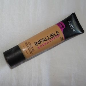 5 for $25!! L'Oréal infallible foundation